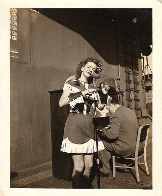 Dale Evans Show for Troops