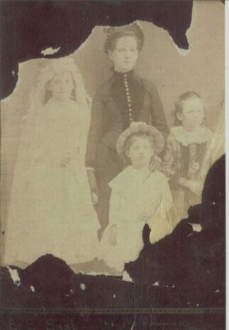Mahon Family, 1886