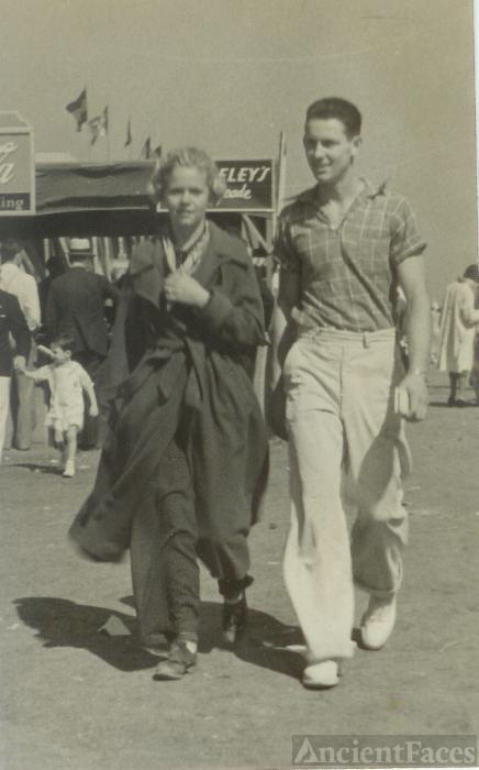 Fern Heuman (Jordan) & Miny Poe, 1936