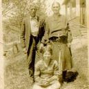 Henry Harrison Hicks, Phoebe Boggs, Helen Hicks