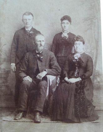 Albert, Orissa, George, and Jennie Town