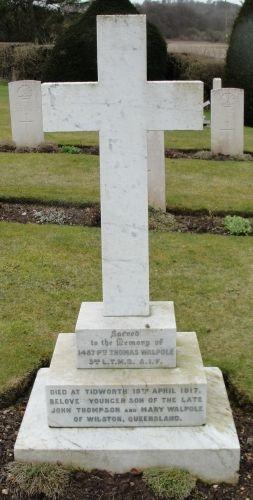 Thomas T Walpole gravesite