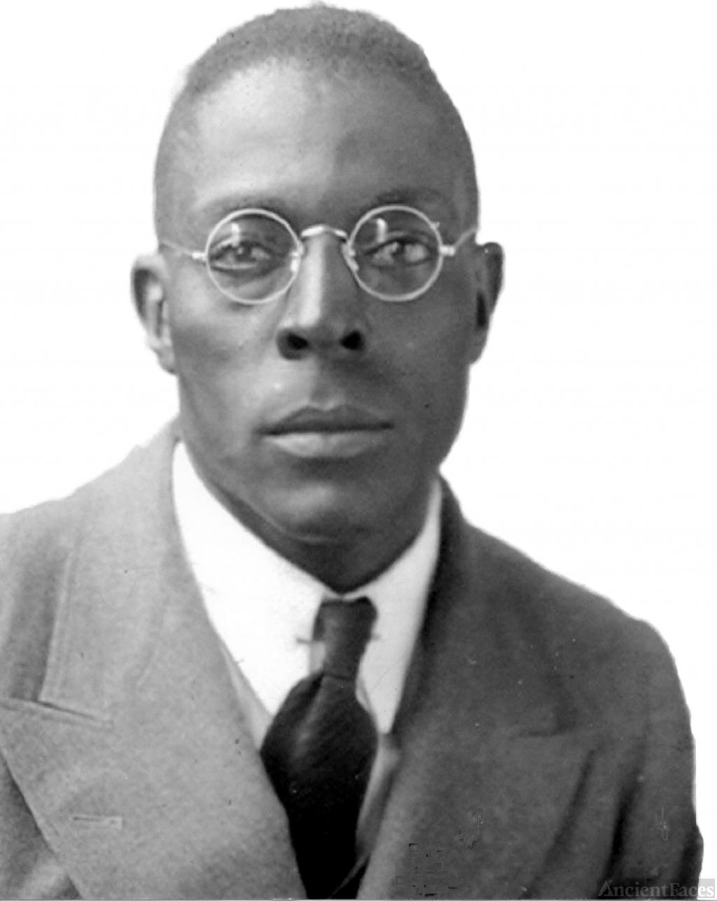Dillard Cox