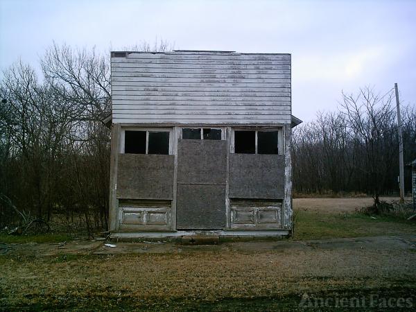 Old Building, KS