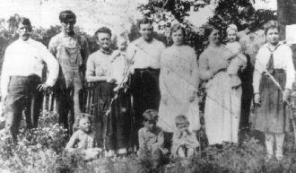 Chris Graves Family  1914