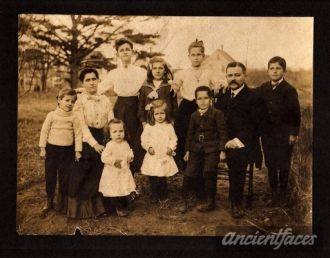 Henry Lavallee Family