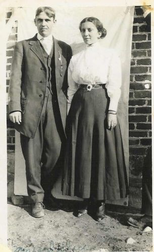 D. L. Sheeks & His Wife, Opal Ona Simpson