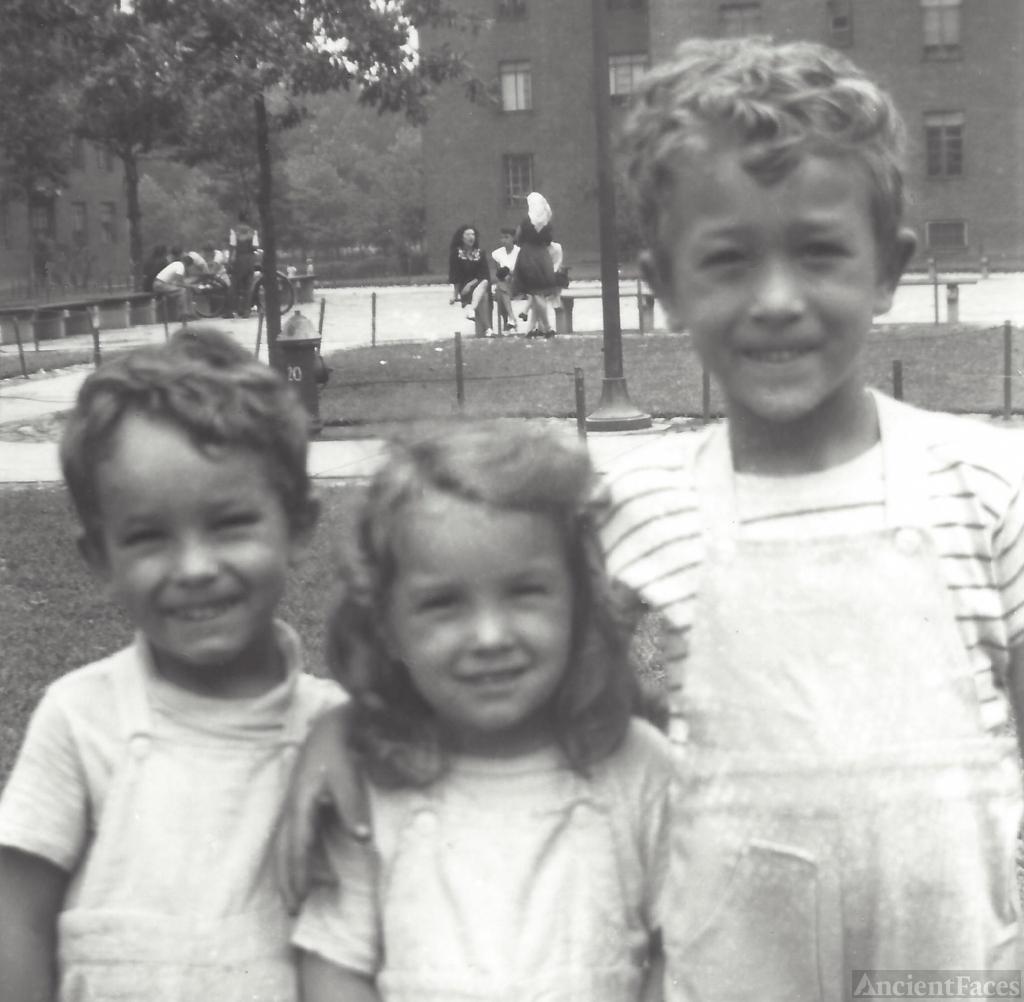 Haakon, Sandra, and Johnny Svendsen