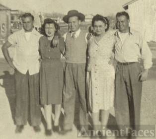 Floyd, Ethel, Raymond, Georgia Maude,& Lloyd Dun