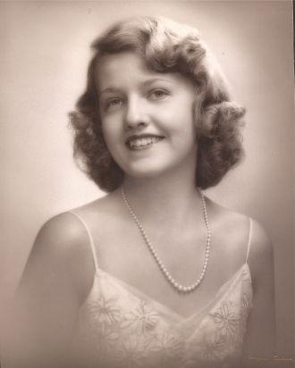 A photo of Elaine Busschaert
