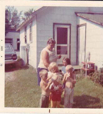 Doris S. Derusha & family
