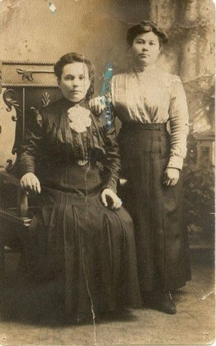 Marie and Terecia Hertelendi
