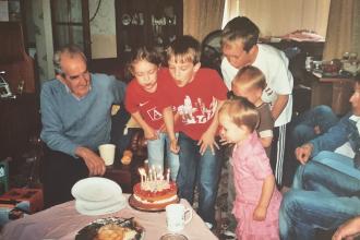Derrick Taylor with his grandchildren including Cometan