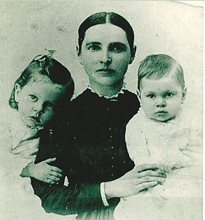 Dilla Mallory  Daniels and two sons