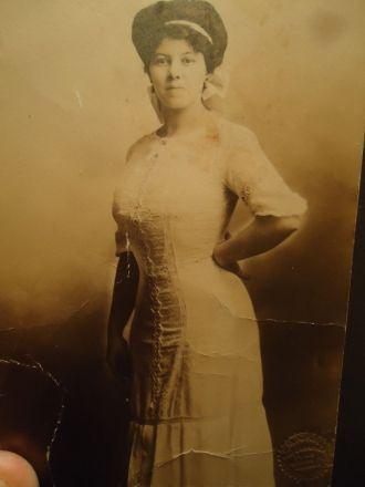 Alice Anna Hayes Farr