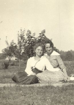 Ida Smith and Mary Wellington