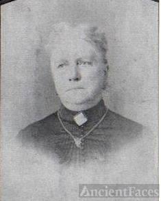 Aunt Harriet LUDINGTON