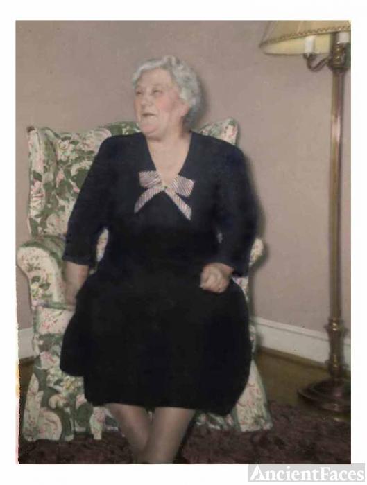 Edith Lucille (Hendricks) Gary, Virginia 1950