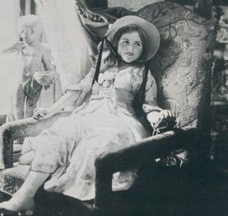 Ailsa Georgina Booth-Jones, 1915
