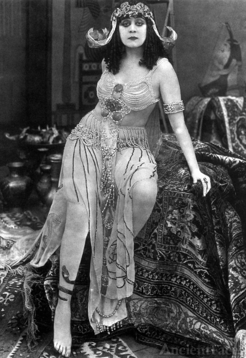 Cleopatra film - Theda Bara 1917