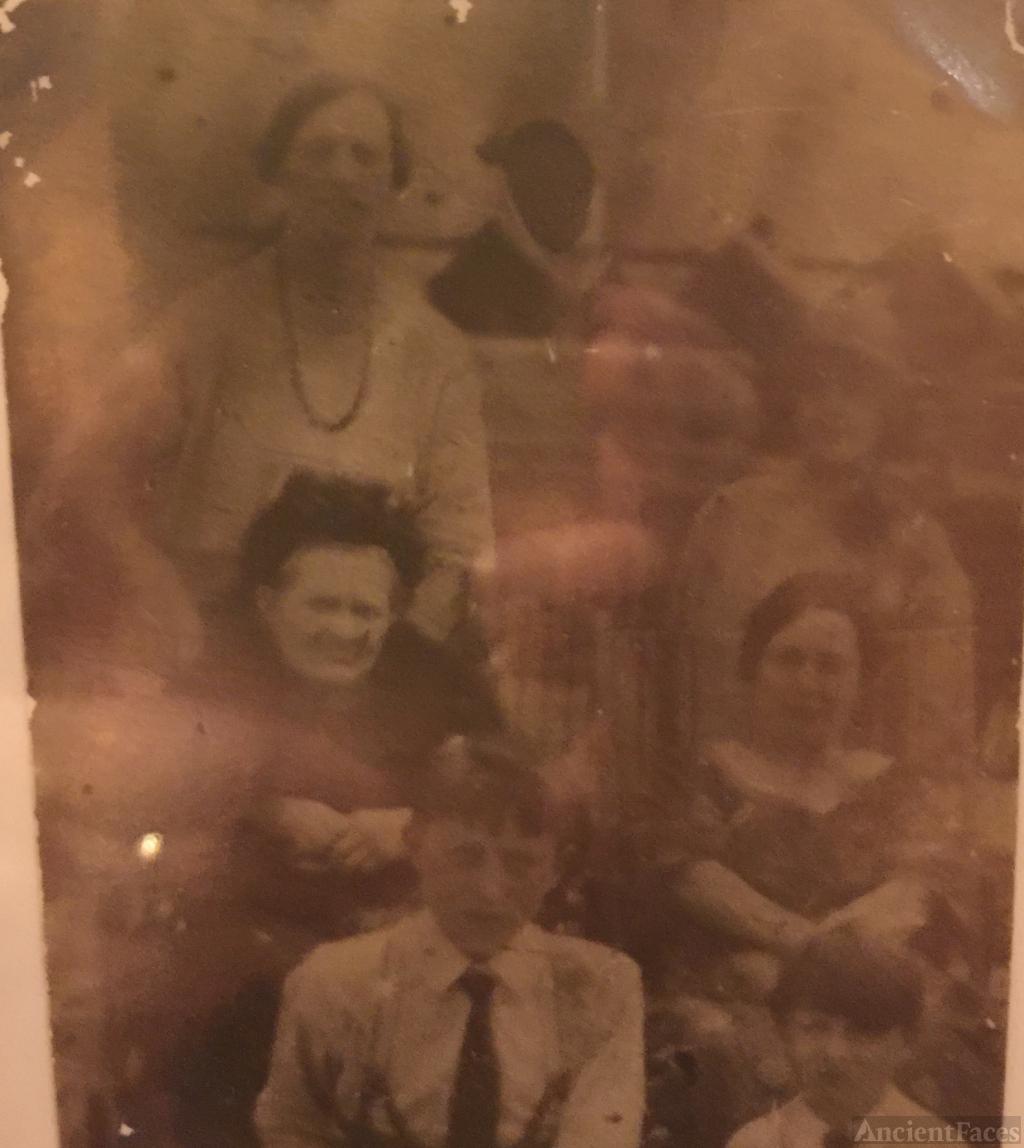 Nellie Sutton Family