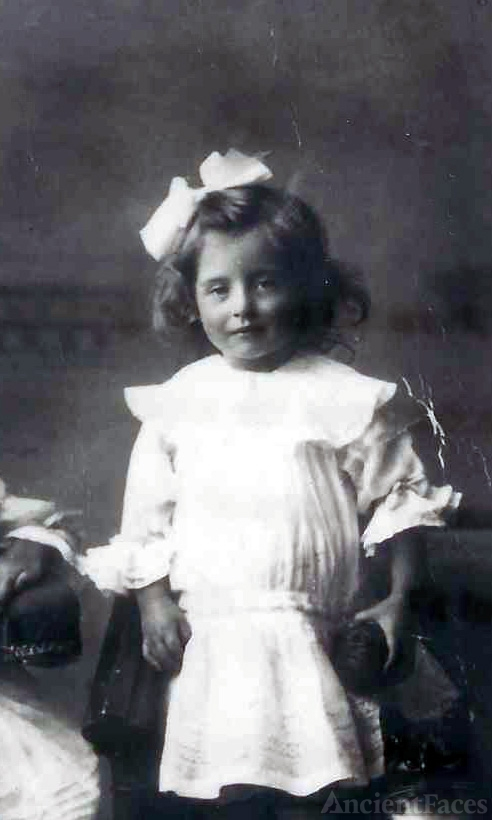 Elizabeth Maud Paynter Pope