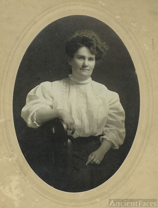 Unknown Woman, 2