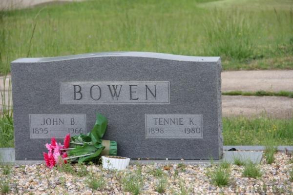 John & Tennie Bowen Gravesite