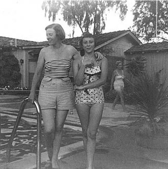 Peggy & Sallie Christiansen