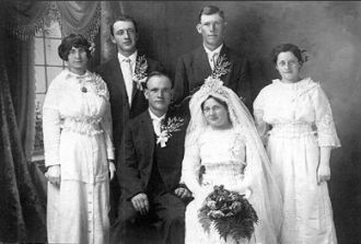 William & Georgeine (Carrier) Reuter, MN 1914