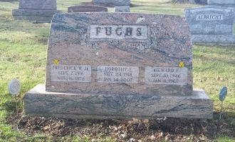Fredrick, Dorothy, & Richard Fuchs Gravesite