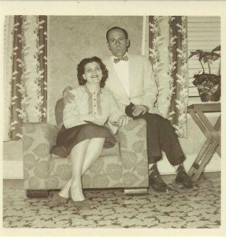 Paul & Lois (Vertrees) Pippin, Kentucky 1953