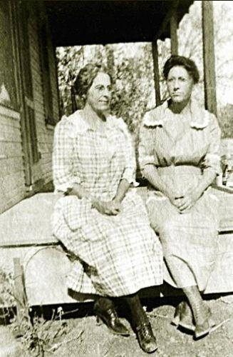 Lewis Sisters, Martha & Lula