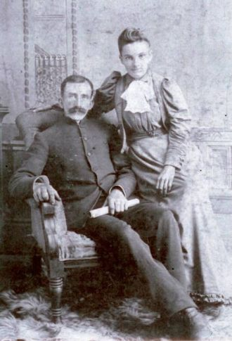 Kate Rawson and William Flaws wedding picture
