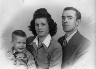 Marie C Maxey family