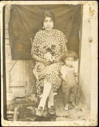 Natividad Pineda & Engracia Sixtos, Mexico 1931
