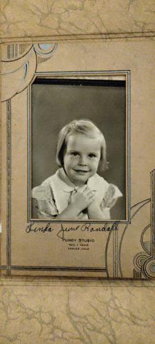Little girl linda
