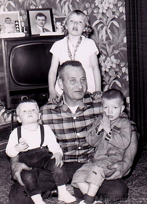 Oliver Wolner family
