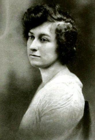 Gladys Carter Mayfield, West Virginia, 1917