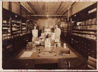 Davis Bookstore, Ocala, Florida 1930s